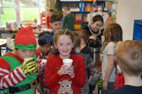 Woolly Jumpers, hot chocolate and festive fun!!